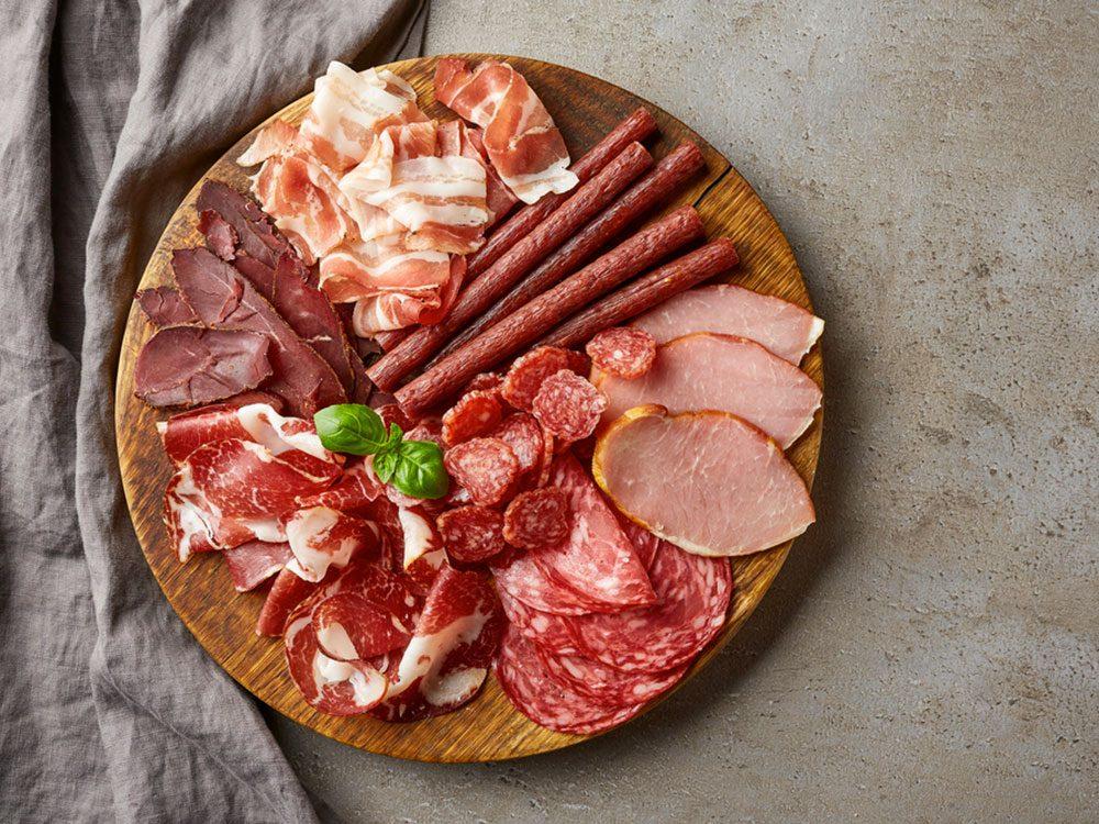 Aliments: les viandes transformées.