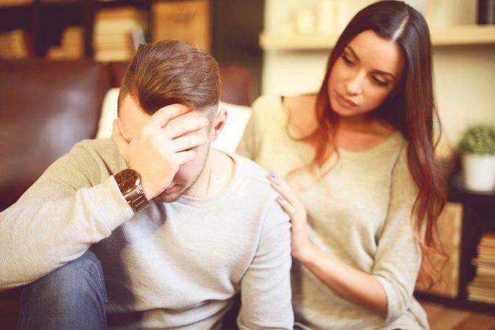 Anxiété du partenaire, donnez-lui du réconfort