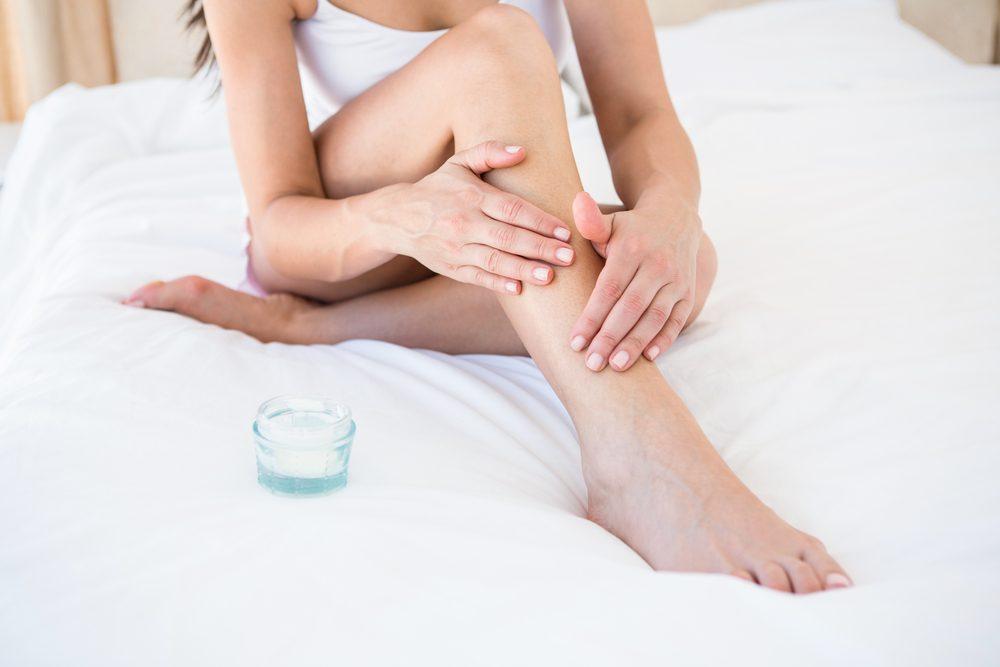 La douleur aux seins peut être causer par votre crème