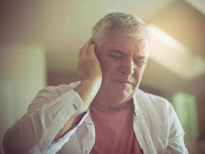 Un bourdonnement dans les oreilles peut signifier un reflux gastro-œsophagien.