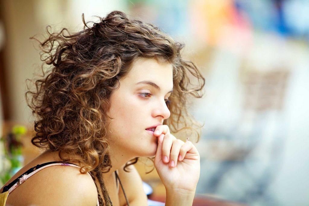 Un trouble dépressif persistant provoque aussi de l'anxiété.