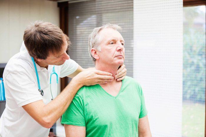 L'hypertyroidie peut causer des sautes d'humeur.
