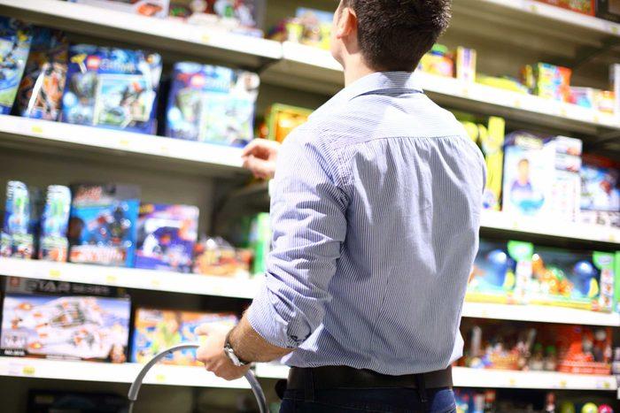 N'achetez pas les jouets pour enfants dans un magasin à un dollar.