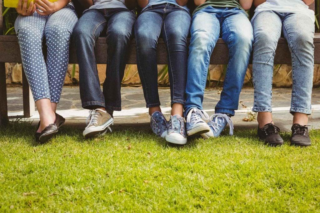 Portez attention à votre ourlet de jeans.