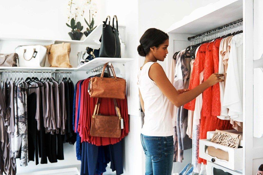 Assurez-vous de faire le ménage dans vos vêtements.