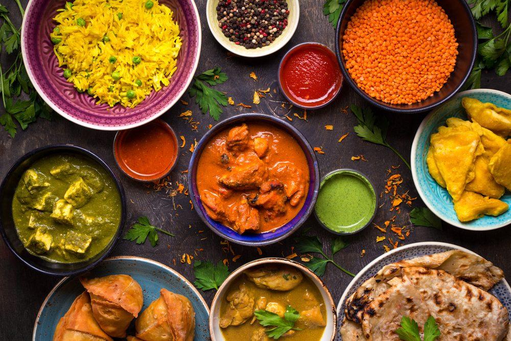 Lorsque vous allez au restaurant en groupe, tout le monde devrait choisir le même nombre de plats.