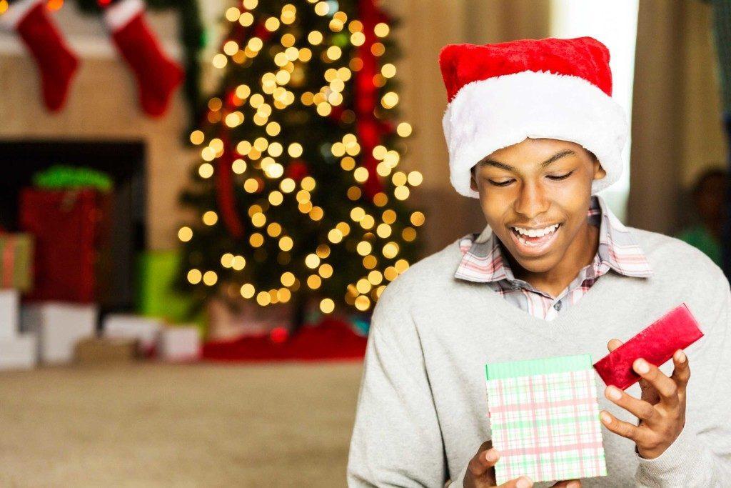 Ne vous gênez pas pour jeter les cadeaux que vous avez reçus.