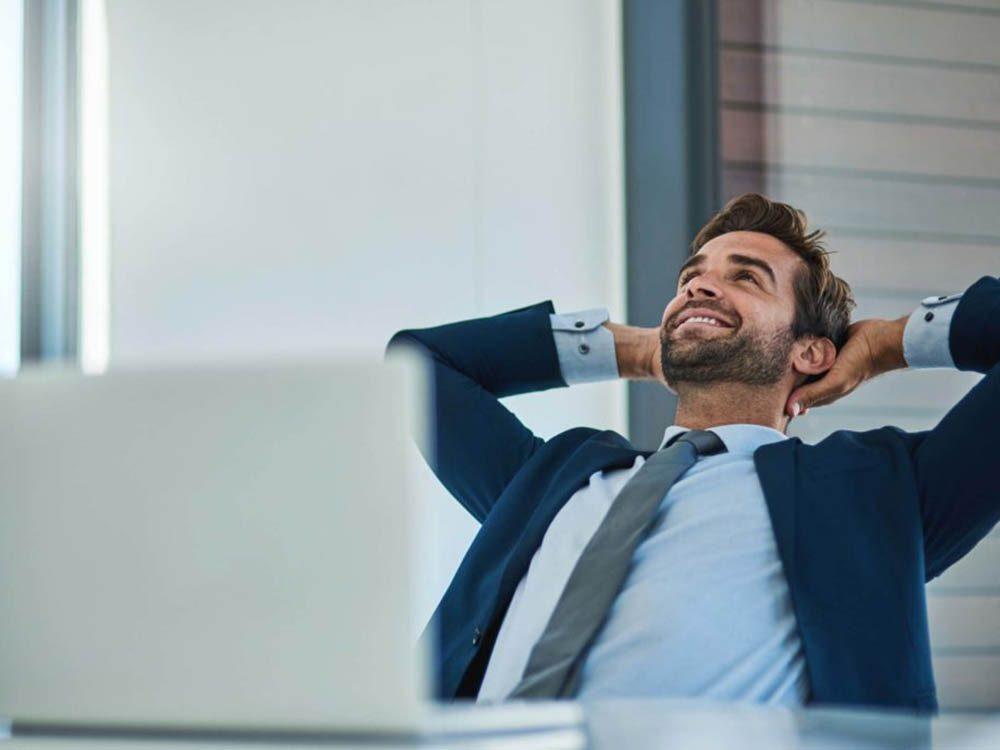 Un collègue qui met son succès personnel avant tout n'est pas digne de confiance.