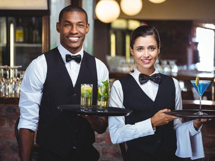 Quand vous allez au restaurant, laissez un bon pourboire.