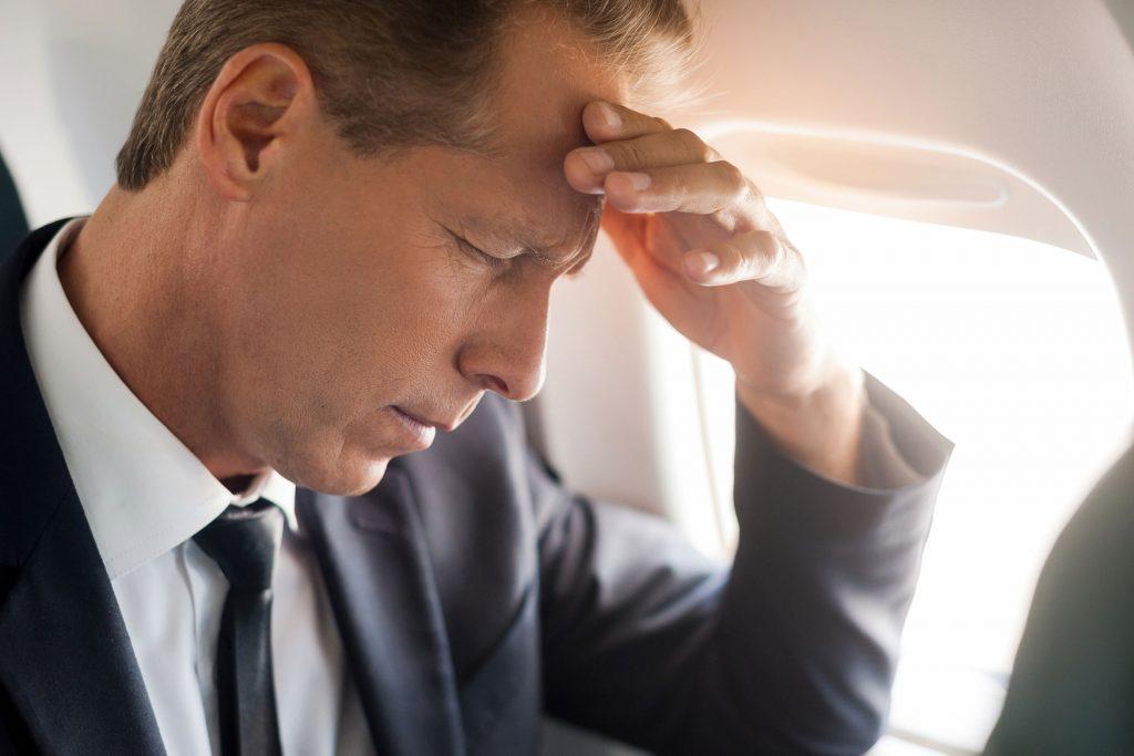 La diminution de l'oxygène peut causer de la somnolence ou des maux de tête.