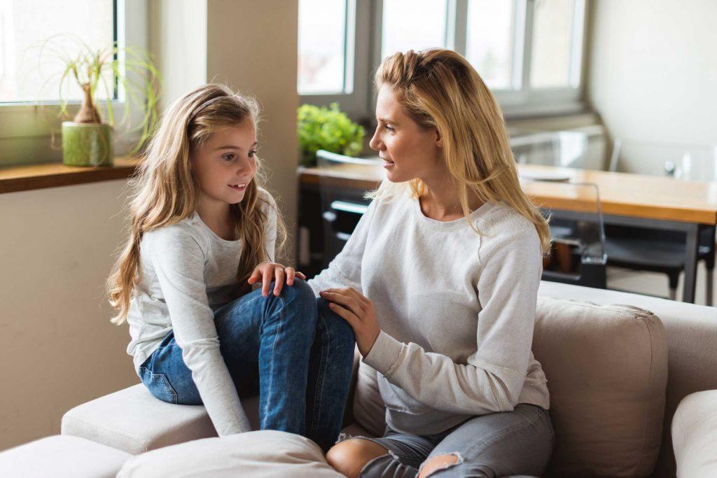 Les enfants de tous âges trouvent parfois difficile de mettre des mots sur leurs émotions.