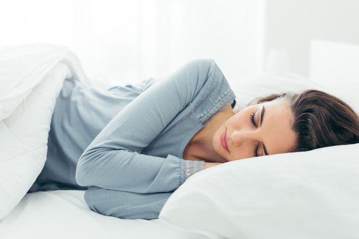 Pour un meilleur sommeil, ne dormez pas sur le ventre.
