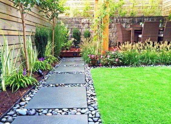 Un jardin aux lignes pures.