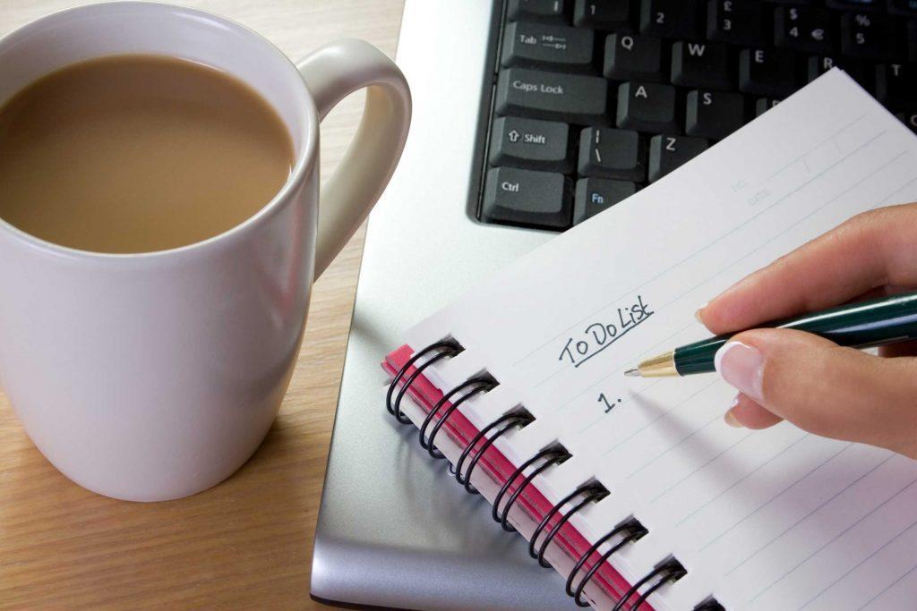 Prendre cinq minutes pour faire une liste des choses à faire chaque jour est de la première importance.