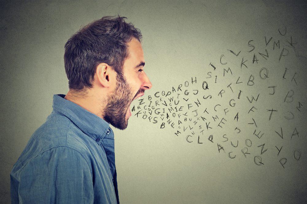 Des symptômes de comportement passif-agressif est le déni et la colère.