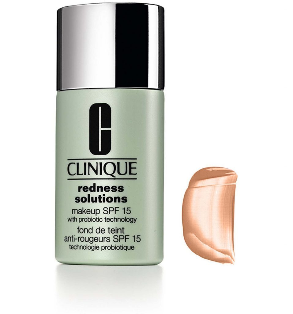 Prenez une correcteur de peau fait pour l'acné.