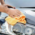 10 trucs pour laver votre voiture comme un pro