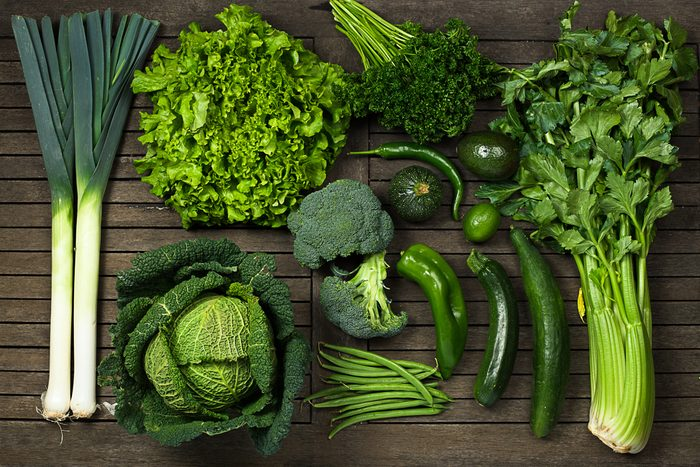 Ne réchauffez pas les légumes en feuilles au microonde.