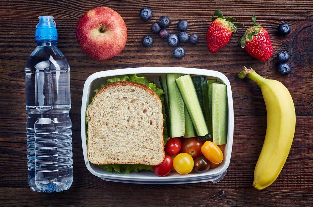 Pour mieux dormir, faites des lunch santé.