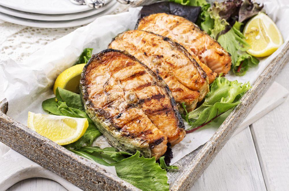 Quelle est la méthode la plus facile pour griller le poisson?