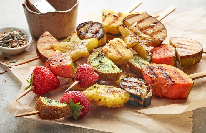 Les gens qui font des grillades de fruits ont-ils trop de temps libre?