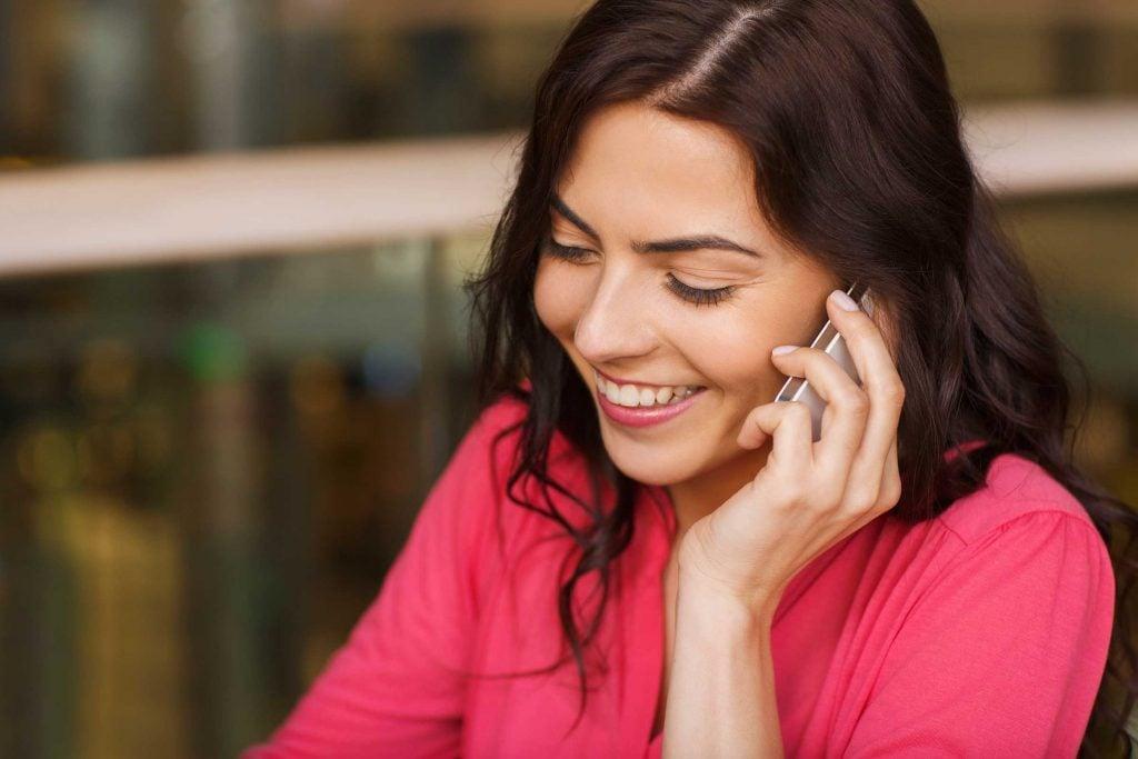 Un appel rapide à un ami ou à un parent est une belle façon de leur montrer comment vous les appréciez.