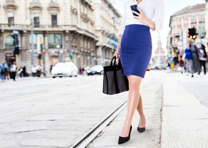 Une jupe droite, pour une taille plus mince