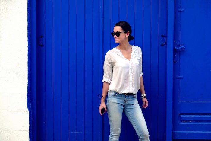 Un jeans taille haute affine la silhouette