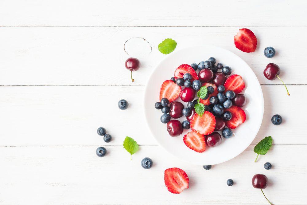 Les bleuets et fraises, des laxatifs naturels