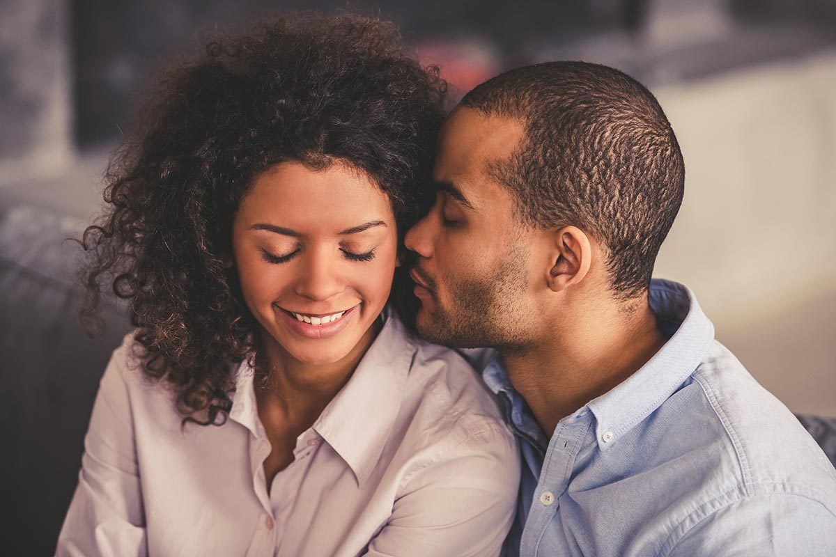 Retrouvez la passion de lune de miel en prenant l'initiative des relations sexuelles.