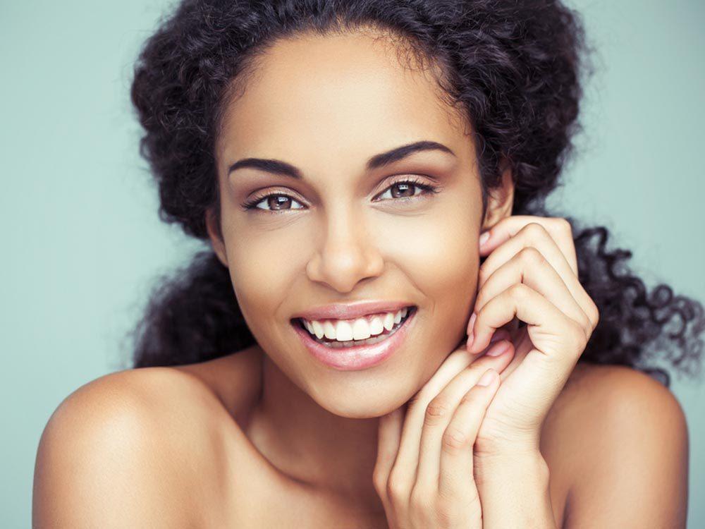 Mythes sur le cancer de la peau: les peaux sombres ne craignent rien.