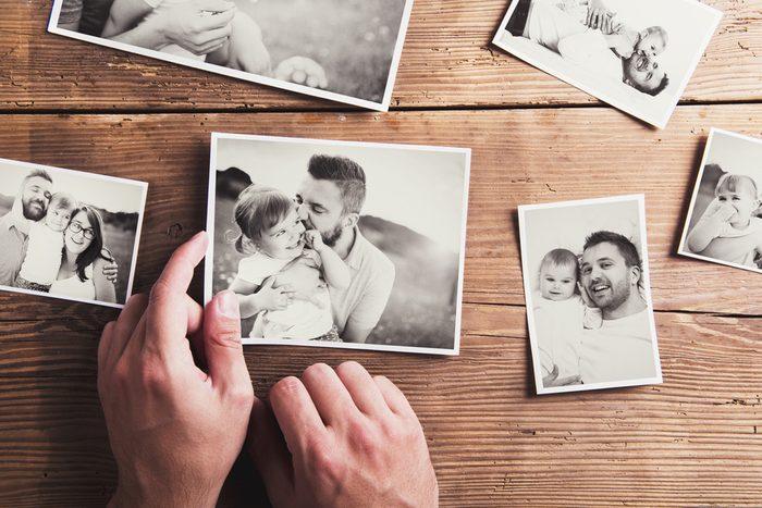 Pour faire plaisir à un père, offrez-lui une séance photos.