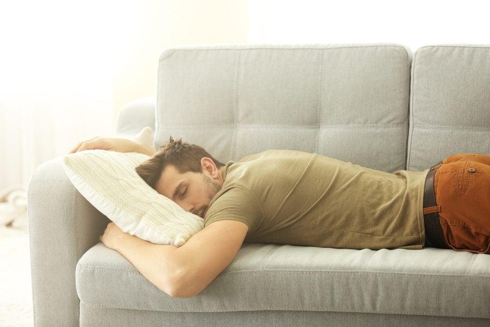 Pour faire plaisir à un père, laissez-lui faire la sieste