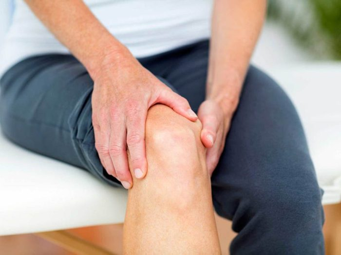 Ressentir une douleur dans tout le corps peut être un symptôme de septicémie.