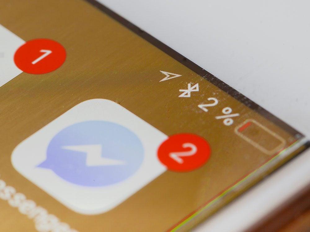 Votre Bluetooth est toujours allumé, ce qui vide la batterie de votre téléphone.