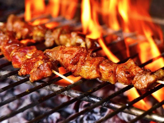 Truc pour le barbecue: trouvez la bonne température.