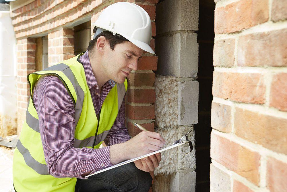 Priorité à la toiture et aux fondations