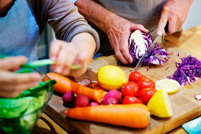 Vous aurez brulé 128 calories avant même de servir vos invités au repas.