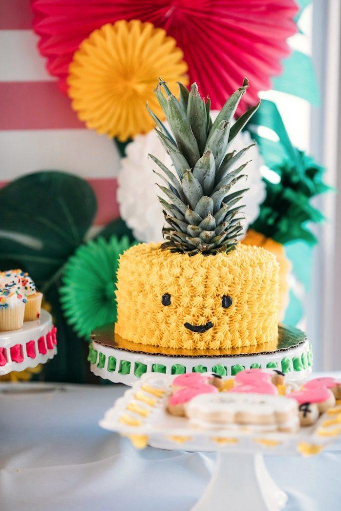 Apprenez à faire ce gâteau aux ananas.