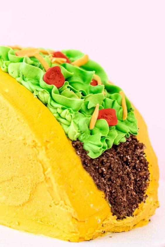 Apprenez à faire ce gâteau tacos.