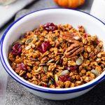 Granola maison à l'érable et noix de grenoble