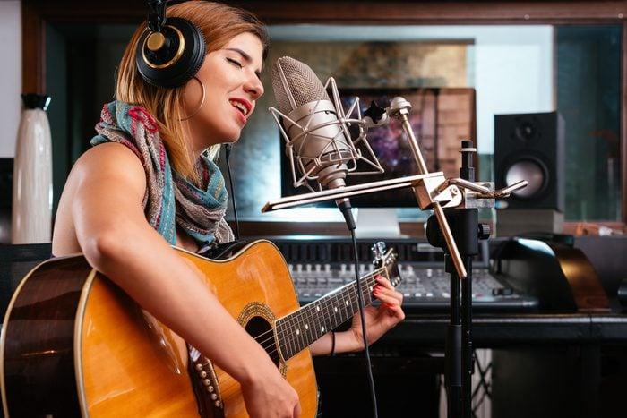 Habitude secrète: vous vous enregistrez chanter