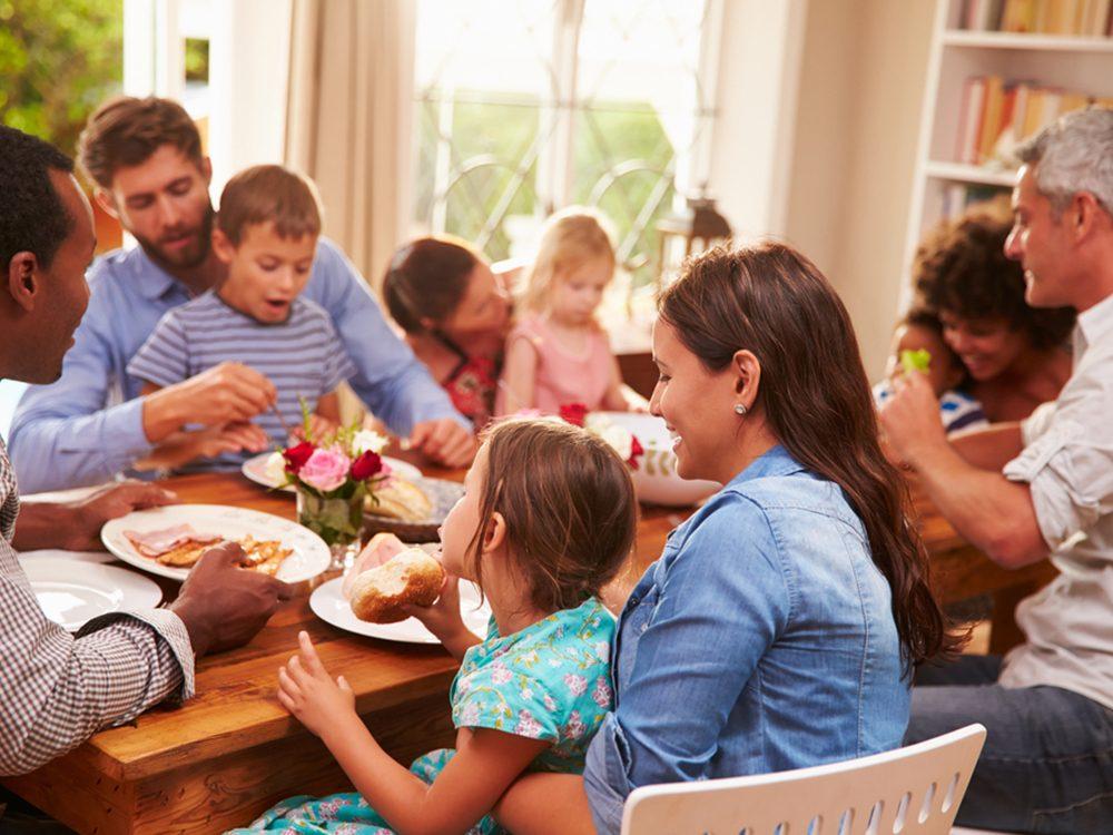 Prendre du temps avec les gens que vous aimez aide à prévenir les maladies du coeur.