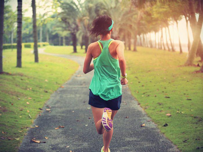 Bien planifier son horaire pour pouvoir s'entrainer est un bon truc pour prévenir les maladies du coeur.