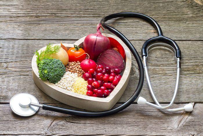 Bien manger est important pour éviter les maladies cardiaques.