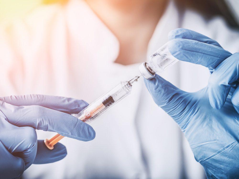 Le vaccin contre le grippe est bon pour prévenir les maladies du coeur.