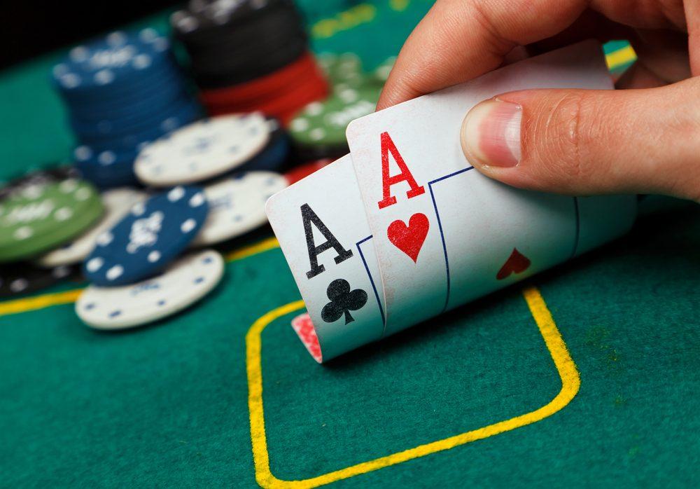 Un Russe qui s'était fait plumer au poker a joué la dernière chose qui lui restait: sa femme, et l'a perdue