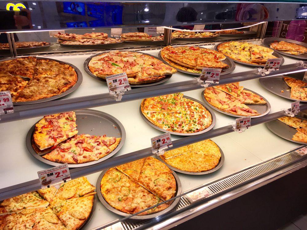 Vous aimez la pizza du département du prêt-à-manger?