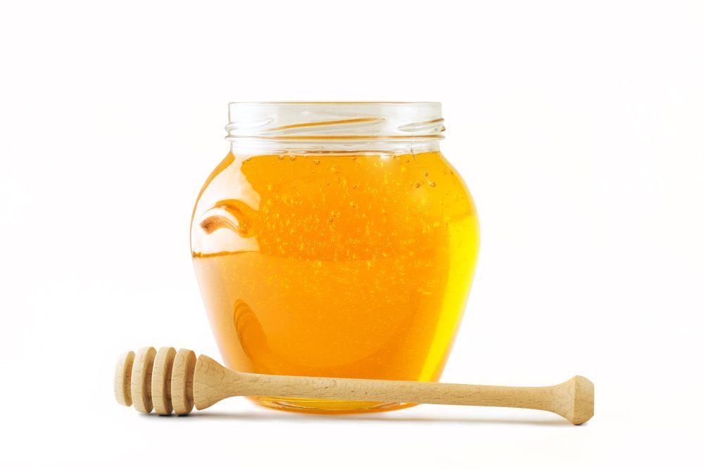 Du miel soulagera un coup de soleil