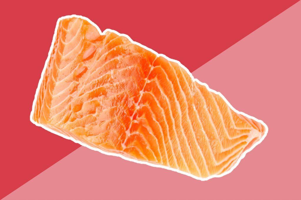Le saumon est une excellente source d'huiles riches en acides gras oméga-3.